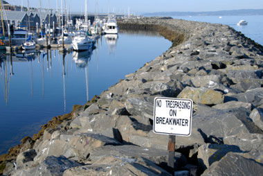 Breakwaters Shoreline Protection